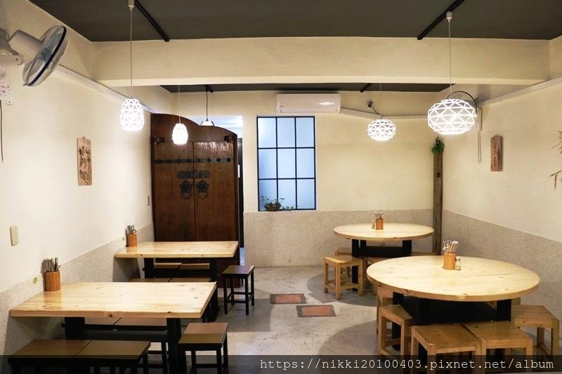桌嚼餐廳 (1).JPG