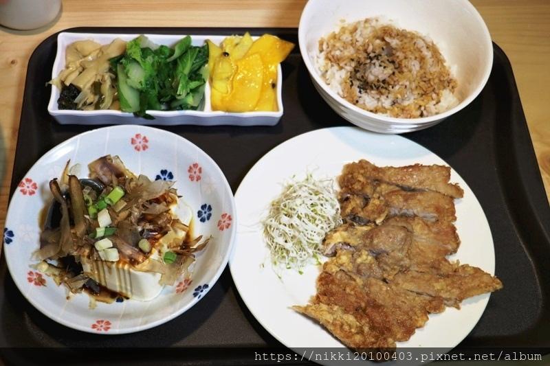 桌嚼餐廳 (14).JPG