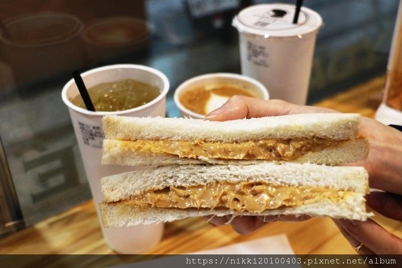 everyday cafe (38).JPG