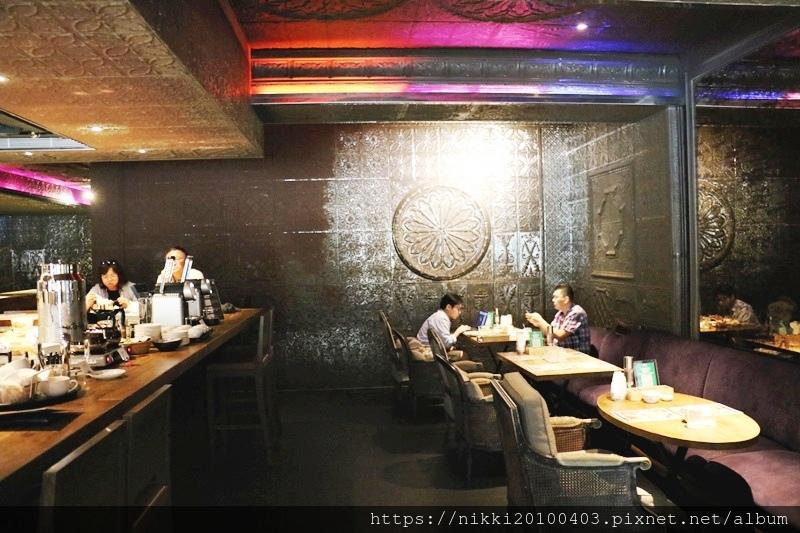 333 restaurant %26; bar (5).JPG