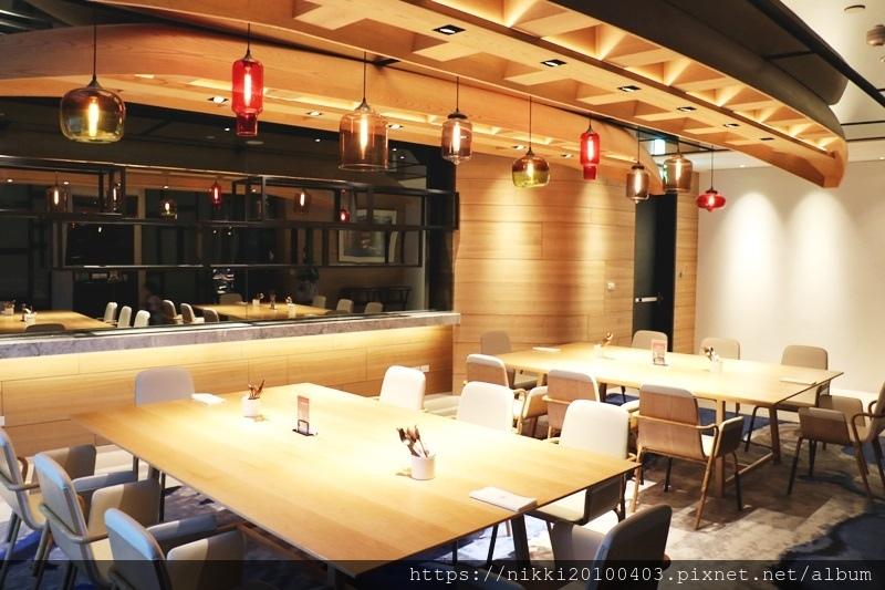 T.R Bar %26; Kitchen (17).JPG