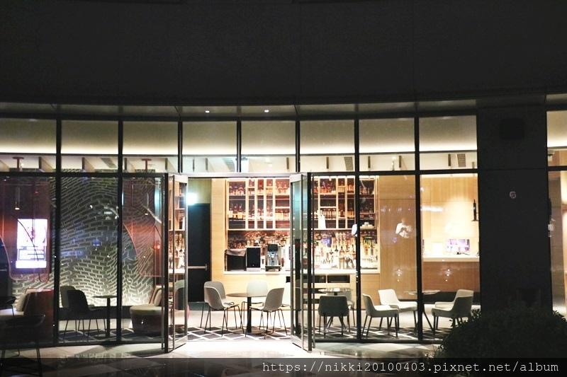 T.R Bar %26; Kitchen (65).JPG