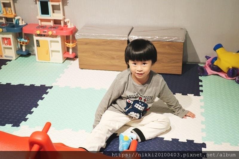 兒童室 (4).JPG