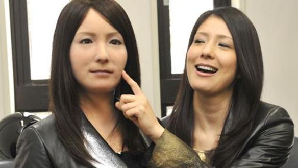 Hiroshi-Ishiguro-gemini-f_large.jpg
