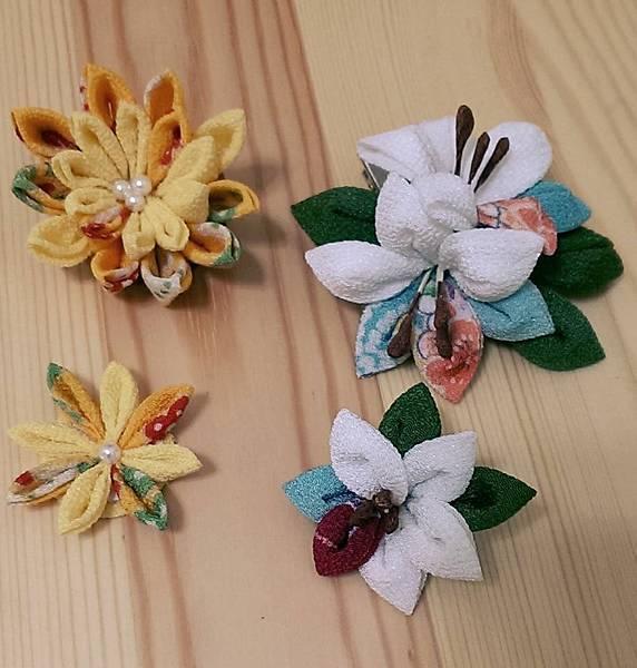 萬壽菊與百合花