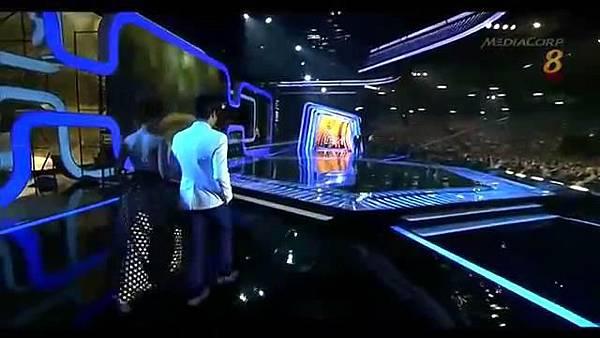 20140427 Star20140427 Awards 20  Show 2 最受歡迎十大男藝人獎 (胡宇威 陳庭妮 頒獎片段) - 10Youtube.com_2014428143123