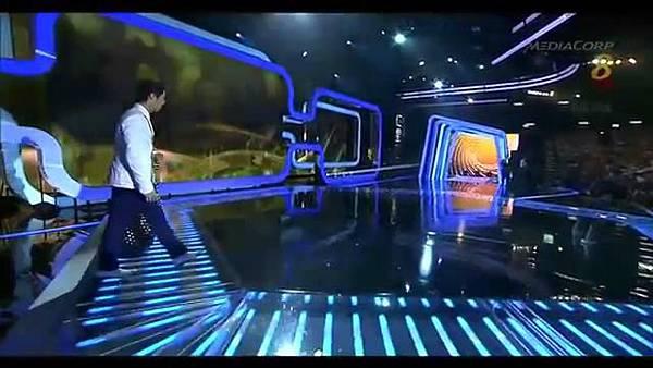 20140427 Star20140427 Awards 20  Show 2 最受歡迎十大男藝人獎 (胡宇威 陳庭妮 頒獎片段) - 10Youtube.com_2014428143127