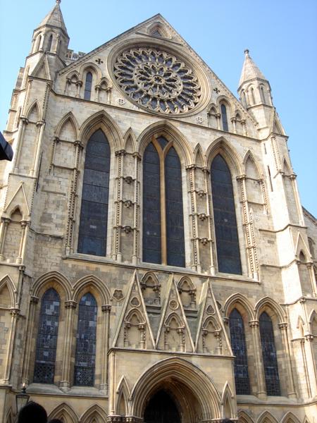 八百年歷史的教堂