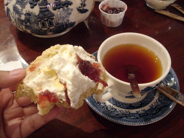 scone加上紅茶 美味