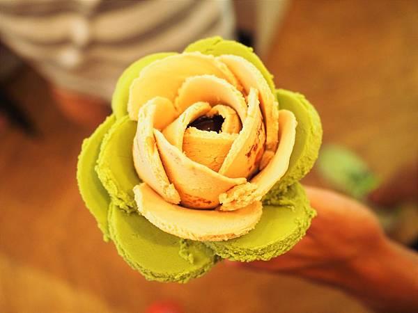 O Rose16.jpg
