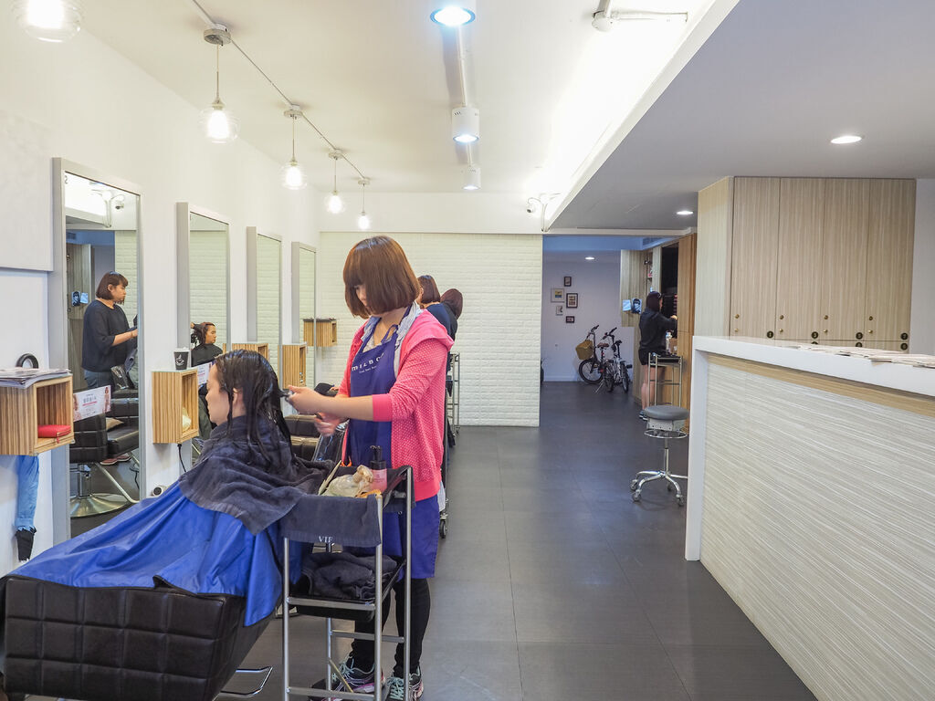 VIF hair  salon5.jpg