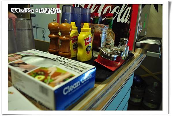 台中美式漢堡店18.jpg