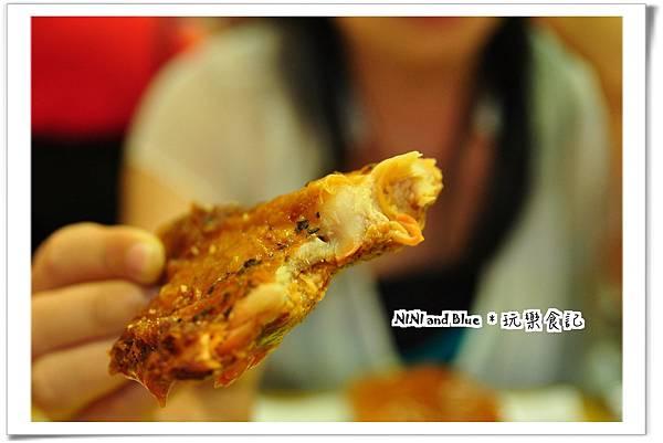 台中美式漢堡店23.jpg