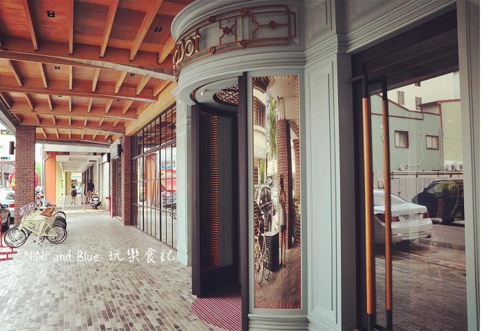 1408351843 2810303583 - 【台中住宿】紅點文旅-27公尺不鏽鋼地表最潮溜滑梯旅店,小孩子的最愛城市新樂園