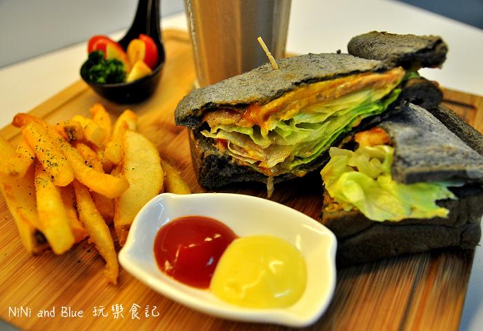 鬍子茶簡餐店早午餐21.jpg