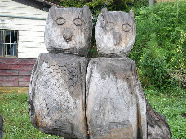 部落裡的木雕 2