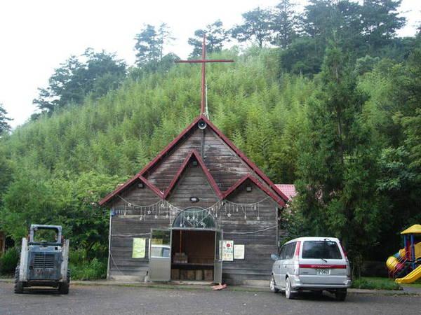 森林中的教堂