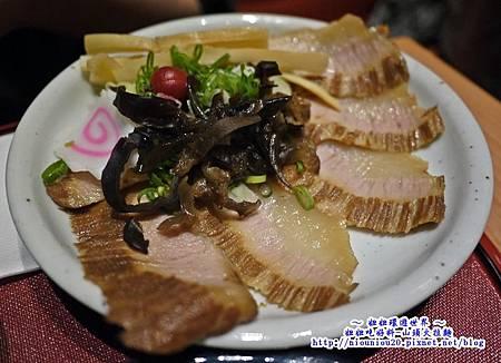 山頭火拉麵_09特選豬頰肉拉麵2