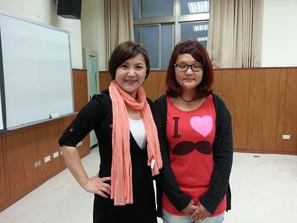 蔡心彤老師NISHA中台科技大學魅力口語大進擊20140402 (6)