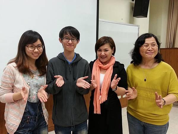 蔡心彤老師NISHA中台科技大學魅力口語大進擊20140402 (11)