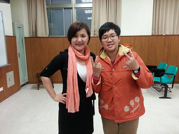 蔡心彤老師NISHA中台科技大學魅力口語大進擊20140402 (9)