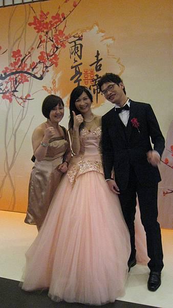 雨亭與吉帝歡禮20140608 (3)
