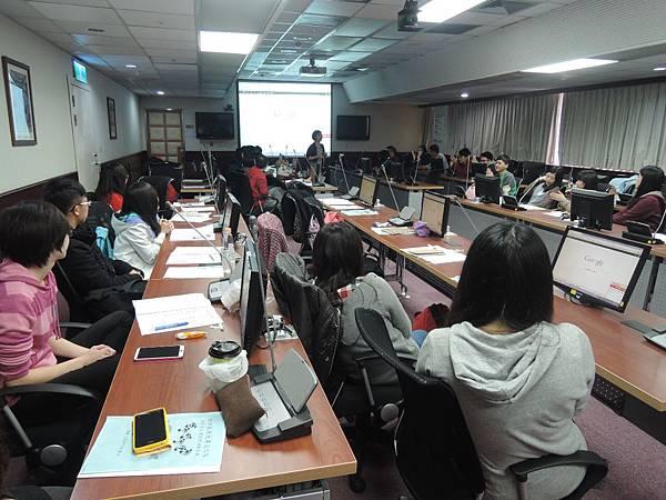 心彤老師帶領林口長庚大專志工隊「團隊向心力與凝聚力課程」 (2)
