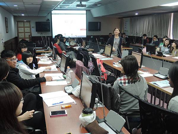 心彤老師帶領林口長庚大專志工隊「團隊向心力與凝聚力課程」 (3)