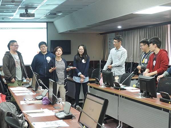 心彤老師帶領林口長庚大專志工隊「團隊向心力與凝聚力課程」 (8)
