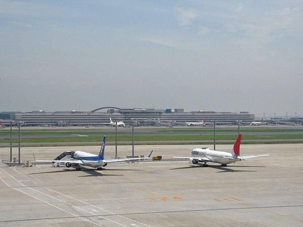 全日本空輸と日本航空