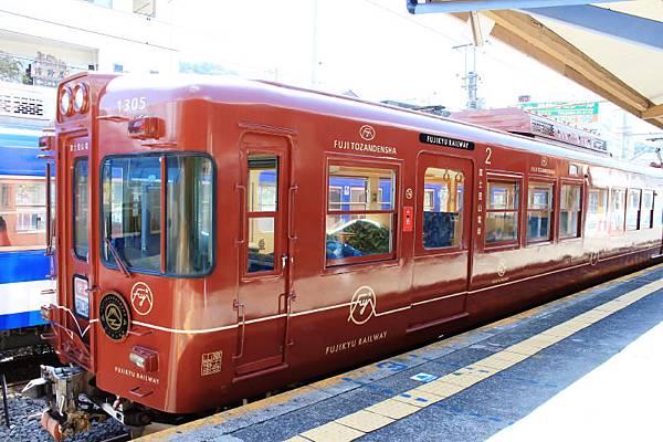 1000形「富士登山電車」