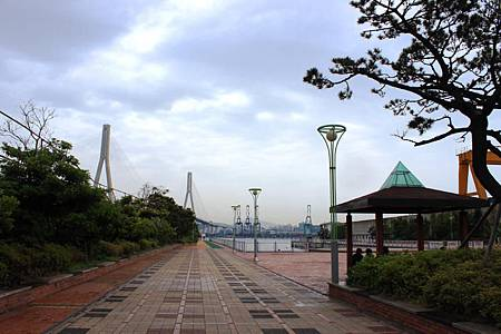 青鶴水辺公園