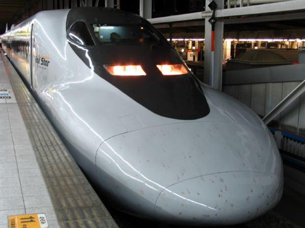 700系ひかりレ-ルスター484号 博多駅