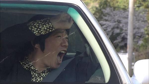 Keibuho Yabe Kenzo 2 ep04 720p HDTV x264 AAC-NGB[22-36-30].JPG