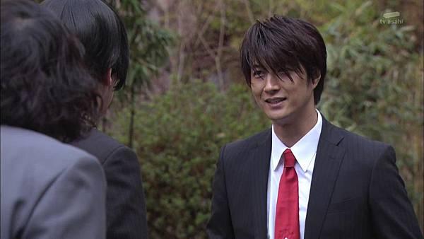 Keibuho Yabe Kenzo 2 ep04 720p HDTV x264 AAC-NGB[22-43-28].JPG