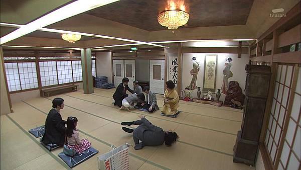 Keibuho Yabe Kenzo 2 ep04 720p HDTV x264 AAC-NGB[23-47-13].JPG