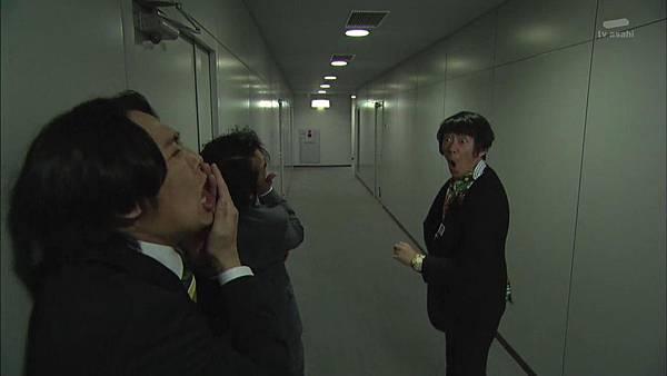 [130809][EXd]TRICK番外編 警部補矢部謙三2 #5[22-24-43].JPG