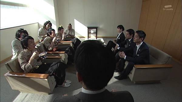 [130809][EXd]TRICK番外編 警部補矢部謙三2 #5[23-30-48].JPG