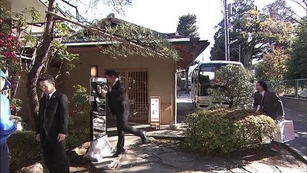 [130809][EXd]TRICK番外編 警部補矢部謙三2 #5[23-31-52].JPG