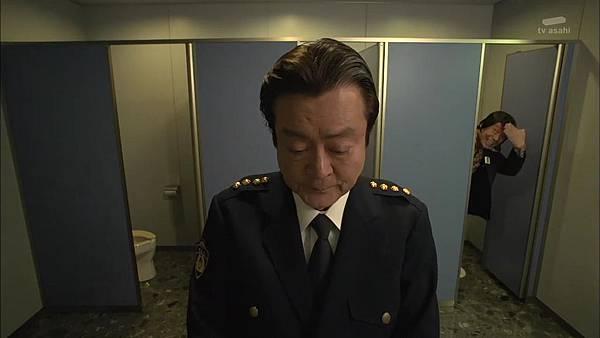 Keibuho Yabe Kenzo S2 ep06 (1280x720 x264)[18-05-29].JPG