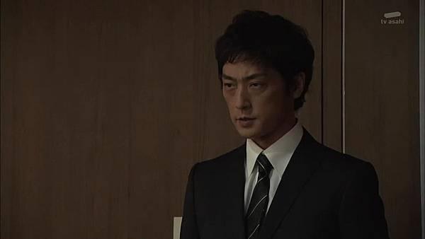 Keibuho Yabe Kenzo S2 ep06 (1280x720 x264)[21-07-33].JPG