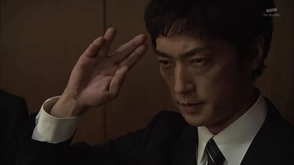 Keibuho Yabe Kenzo S2 ep06 (1280x720 x264)[21-26-02].JPG