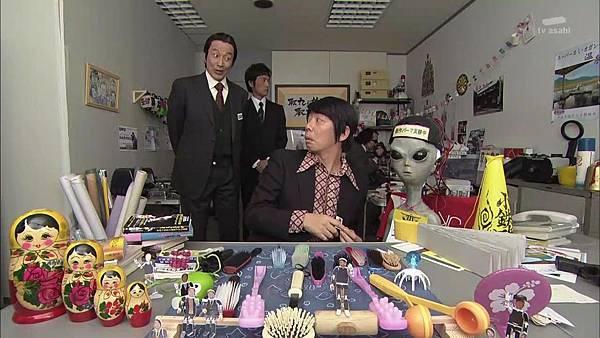 Keibuho Yabe Kenzo S2 ep06 (1280x720 x264)[21-26-19].JPG