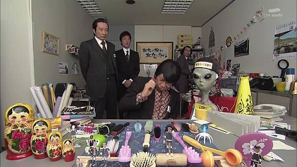 Keibuho Yabe Kenzo S2 ep06 (1280x720 x264)[21-26-41].JPG