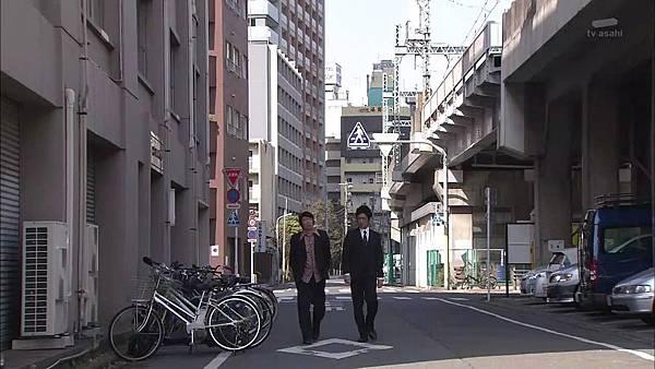 Keibuho Yabe Kenzo S2 ep06 (1280x720 x264)[00-31-36].JPG