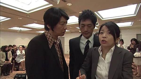 Keibuho Yabe Kenzo S2 ep06 (1280x720 x264)[00-39-21].JPG