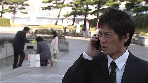 Keibuho Yabe Kenzo S2 ep06 (1280x720 x264)[00-46-27].JPG