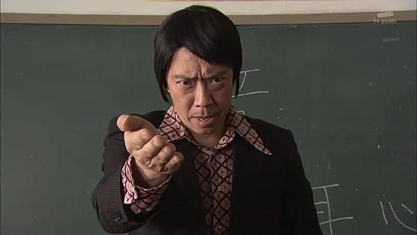 Keibuho Yabe Kenzo S2 ep06 (1280x720 x264)[01-03-39].JPG