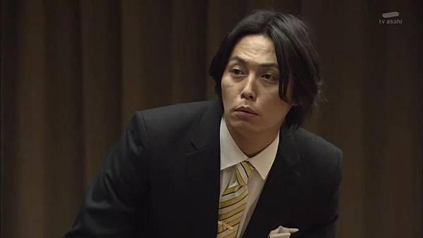 Keibuho Yabe Kenzo S2 ep07 (1280x720 x264)[15-25-27].JPG