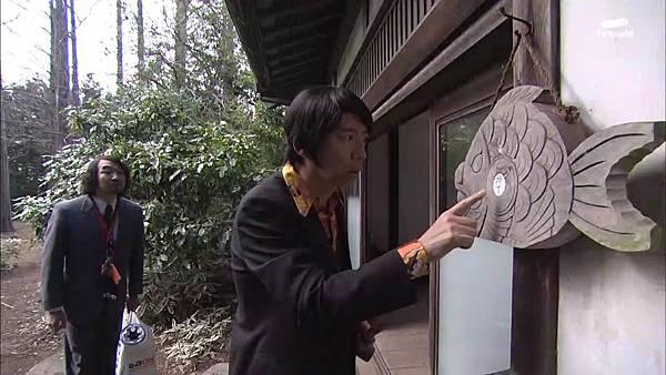 Keibuho Yabe Kenzo S2 ep07 (1280x720 x264)[15-29-53].JPG